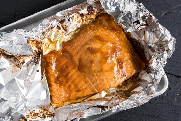 Gluten Free, Paleo & Keto Teriyaki Salmon Lettuce Wraps 🐟 #keto #ketodiet #lowcarb #paleo #glutenfree #salmon #dairyfree #healthyrecipes