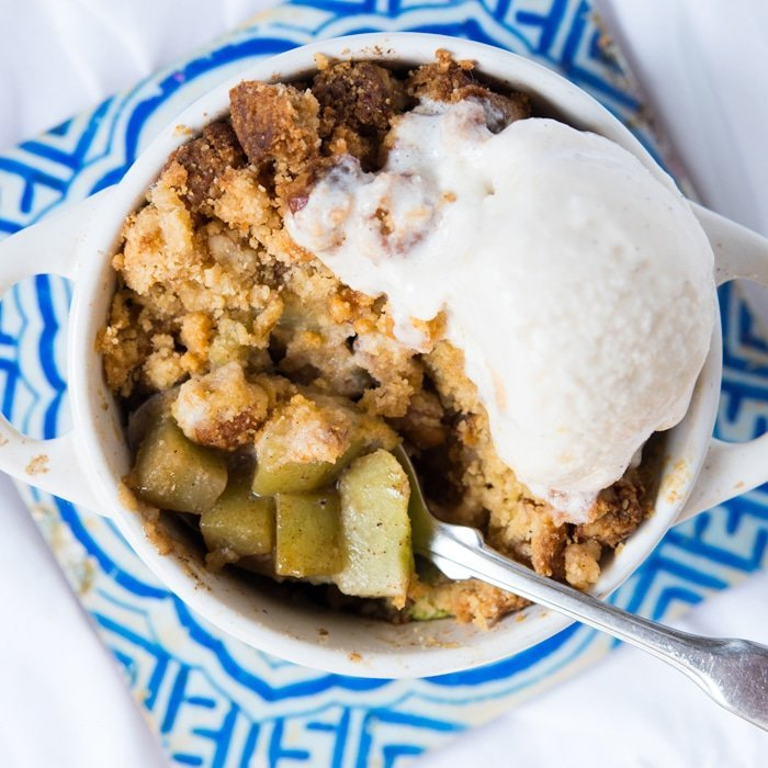 Gluten Free & Keto Apple Crumble (i.e. Chayote Crumble) 🍏