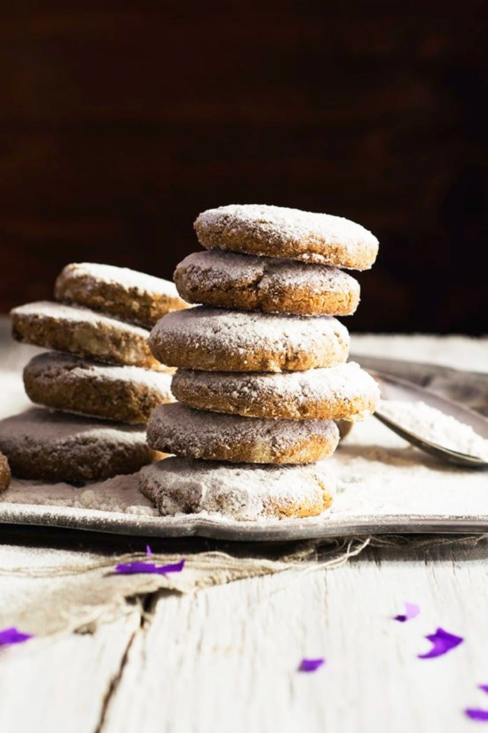 Gluten Free & Keto Mexican Wedding Cakes (i.e. Russian Tea cakes or Polvorones) 👰🏻 #ketocookies #lowcarbcookies