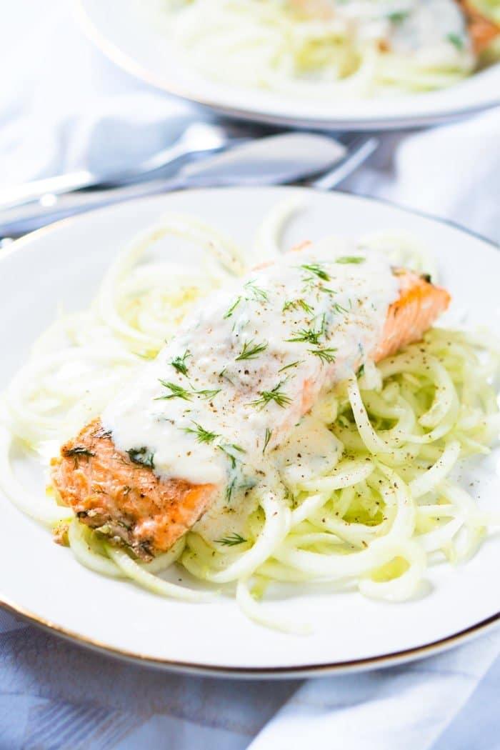 Gluten Free & Keto Salmon Tzatziki with Cucumber Noodles 🐟 # ketosalmon #salmontzatziki