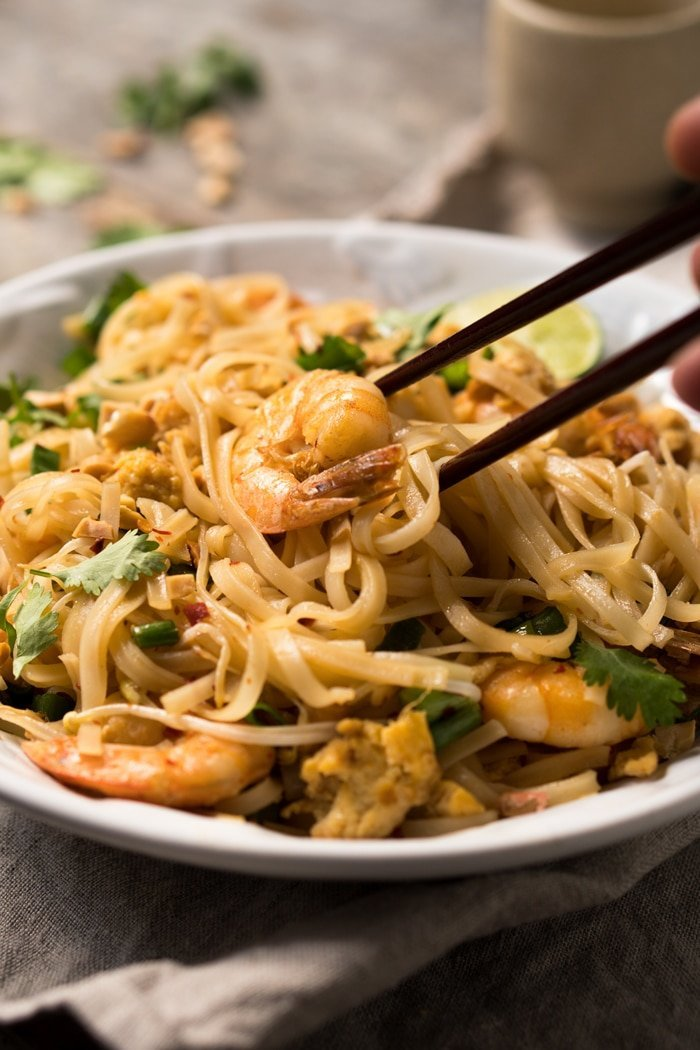 15 Minute!) Paleo & Keto Pad Thai With Shirataki Noodles