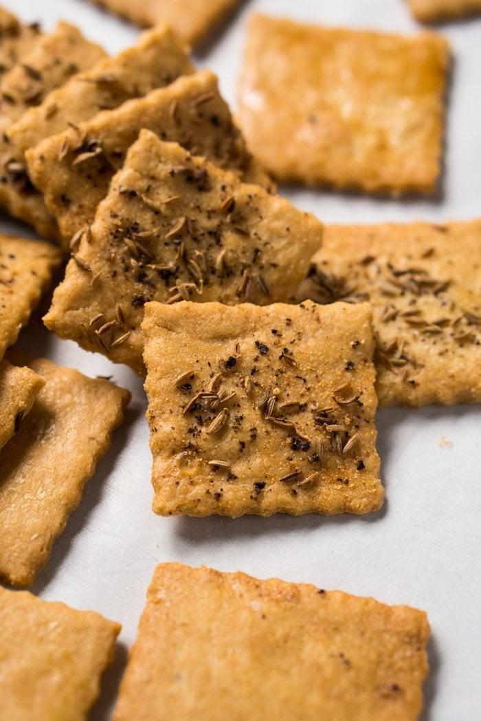 Grain Free, Gluten Free & Keto Almond Crackers 🧀 #keto #ketosnacks #ketocrackers