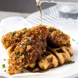 Gluten Free & Keto 'Fried' Chicken and Waffles 🍗 #keto #ketodiet #lowcarb #glutenfree #healthyrecipes