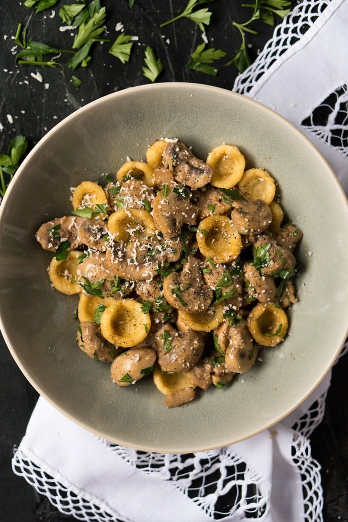 Creamy Gluten Free & Keto Mushroom Pasta 🍝 Served with homemade orecchiette or zoodles! #keto #ketodiet #lowcarb #healthyrecipes