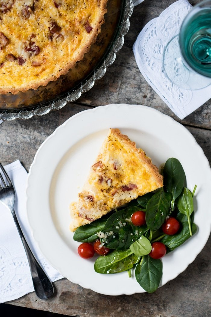 Keto Quiche Lorraine (With A Super Flakey Crust!) - gnom-gnom