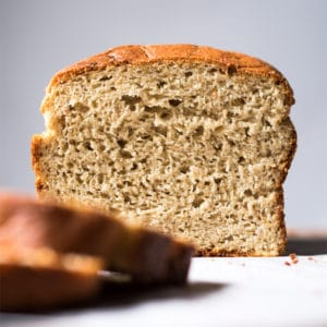 Slicing keto bread with yeast