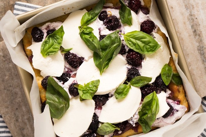 Gluten Free, Low Carb & Keto Three Cheese Blackberry Focaccia #keto #glutenfree #lowcarb #healthyrecipes #focaccia #pizza