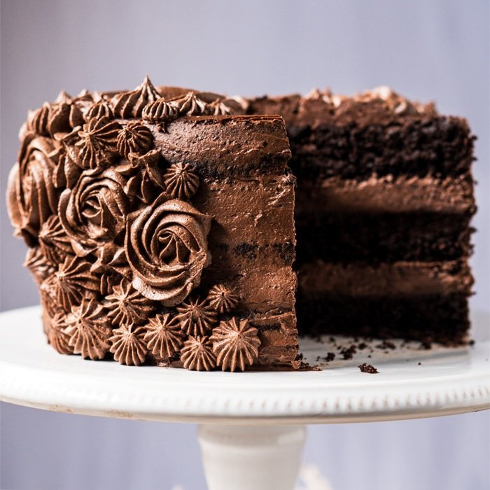 Chocolate Ganache And Buttercream Cake