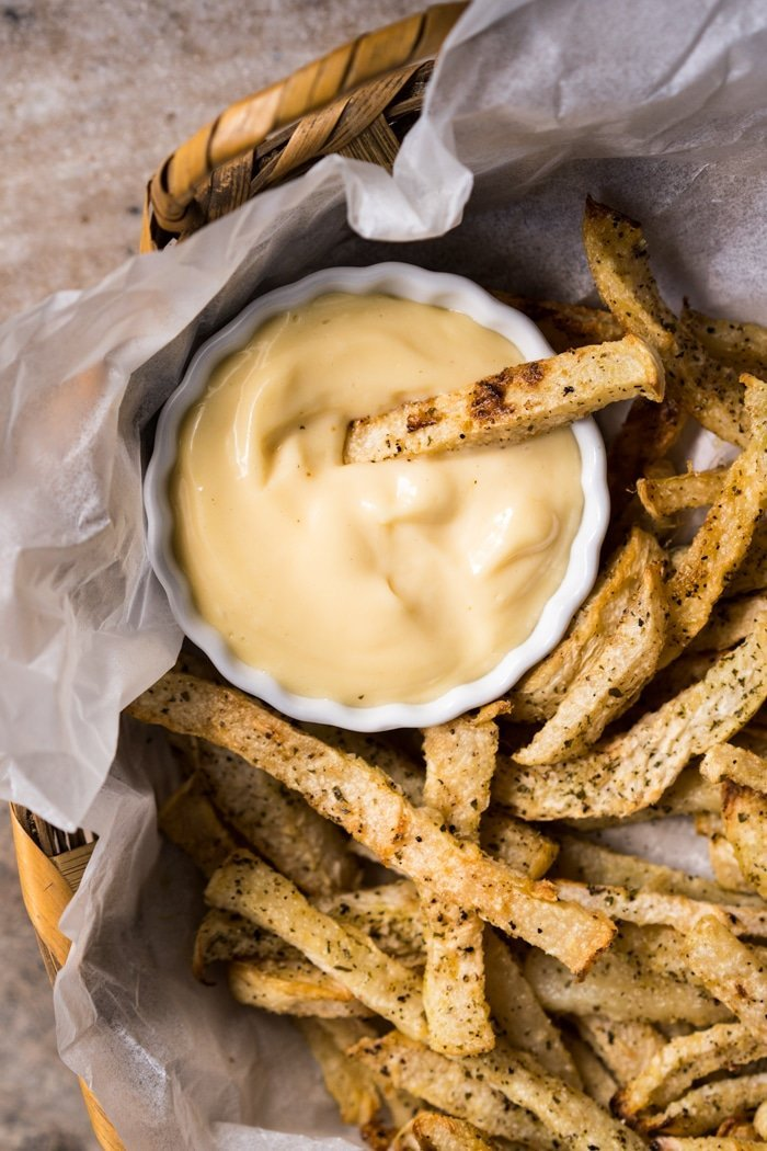 Low Carb, Paleo & Keto Jicama Fries #keto #ketorecipes #lowcarb #dairyfree #glutenfree #paleo #healthyrecipes #fries #jicama