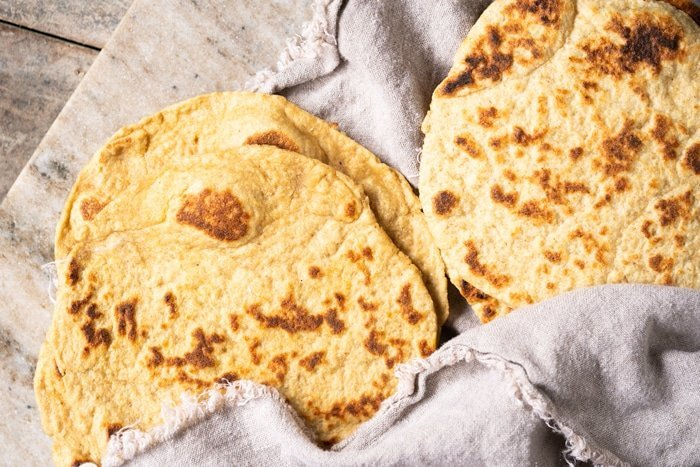 Comparing keto naan with coconut flour and oat fiber