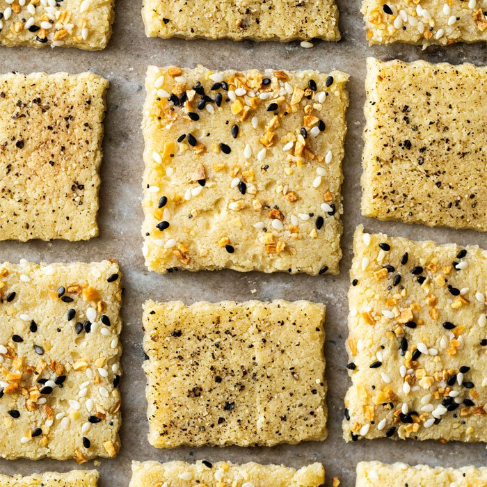 Easy Microwave Keto Crackers With Seasoning