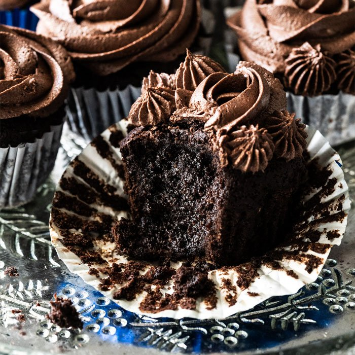 The Ultimate Keto Chocolate Cupcakes Gnom Gnom